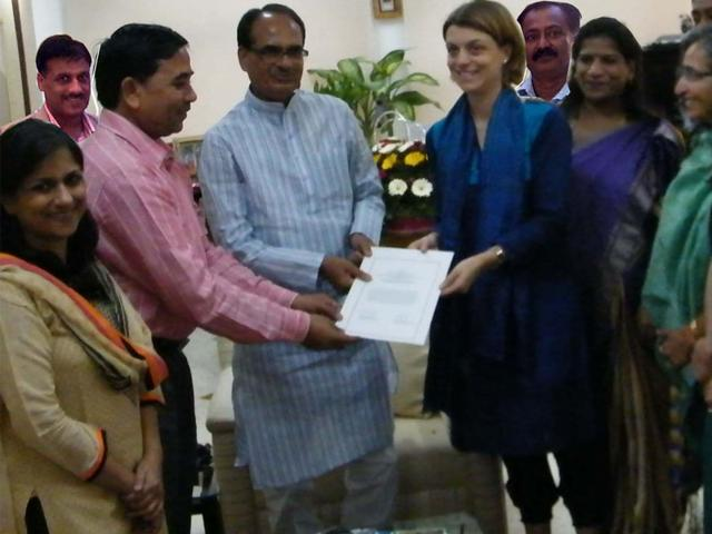 Officials-of-Department-of-Women-and-Child-Development-and-UN-Women-sign-a-MoU-to-launch-a-global-safe-city-initiative-in-Bhopal-in-the-presence-of-CM-Shivraj-Singh-Chouhan-HT-photo