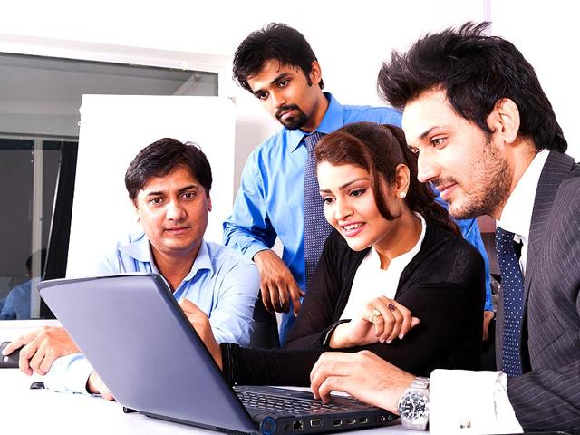 team play,group behavior,good leader