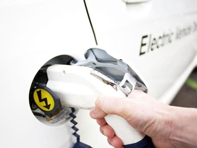New-records-are-being-set-in-electric-vehicles-Photo-AFP