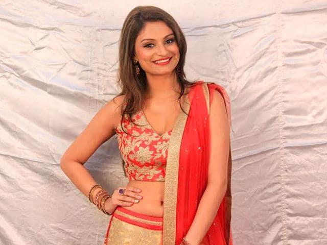 Karishma-Tanna-was-mortified-to-see-Dimpy-Mahajan-on-Bigg-Boss-8