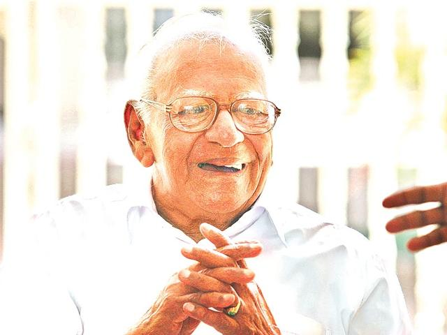 Justice-retd-VR-Krishna-Iyer-freedom-fighter-activist-orator-and-former-minister-in-the-first-democratically-elected-Communist-government-in-Kerala