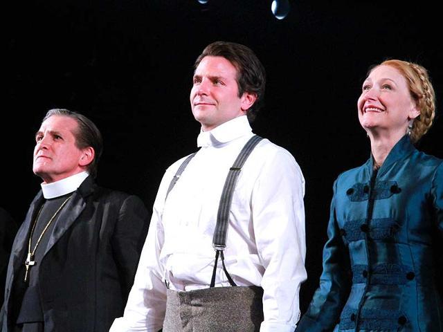 Bradley-Cooper-as-part-of-The-Elephant-Man-s-cast
