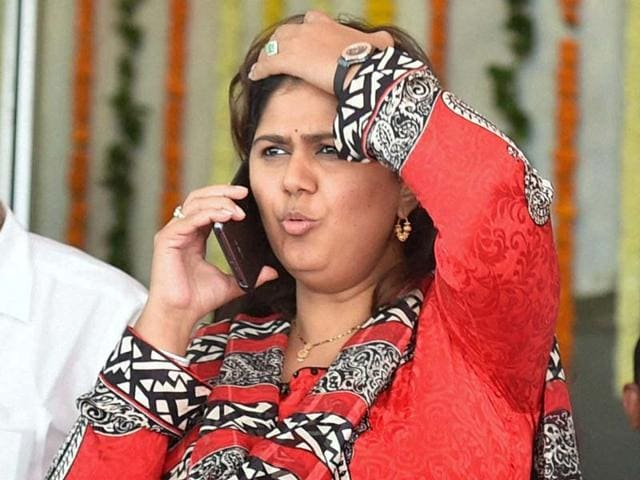 BJP-MLA-Pankaja-Munde-daughter-of-former-BJP-leader-Gopinath-Munde-at-Vidhan-Bhavan-for-the-three-day-special-session-of-Maharashtra-assembly-in-Mumbai-PTI-photo
