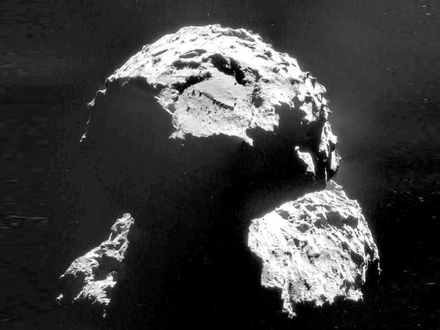 This-image-obtained-from-ESA-on-November-10-shows-the-Agilkia-landing-site-on-this-image-of-Comet-67P-Churyumov-Gerasimenko-taken-with-Rosetta-s-navigation-camera-on-6-November-AFP-Photo-ESA-Rosetta-NavCam-HANDOUT