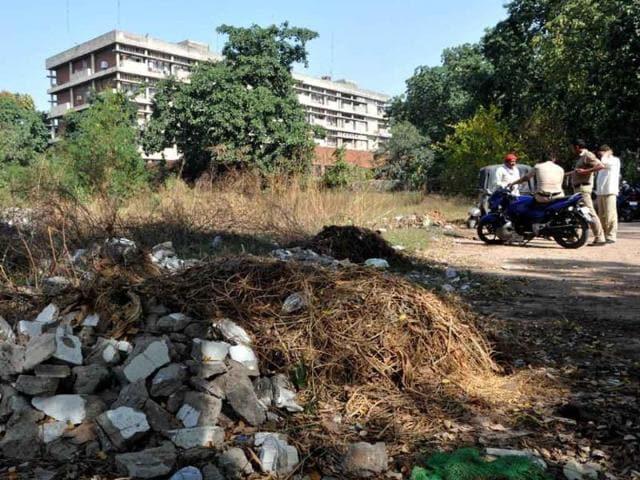 Chandigarh,UT secretariat,boundary walls