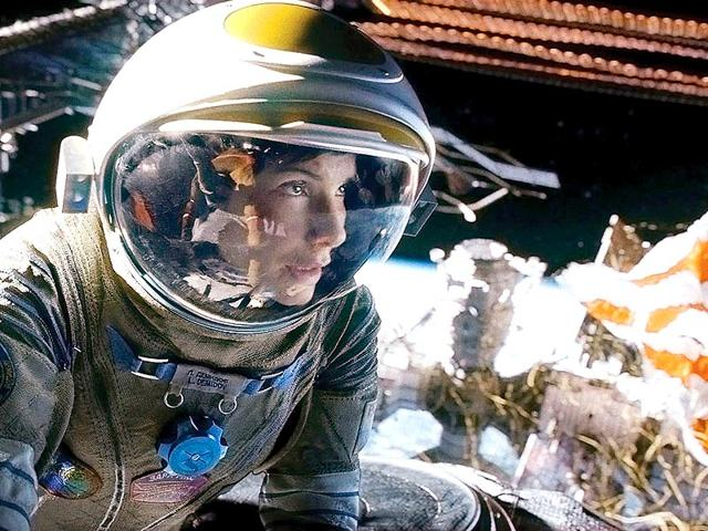 Sandra-Bullock-in-a-still-from-Gravity