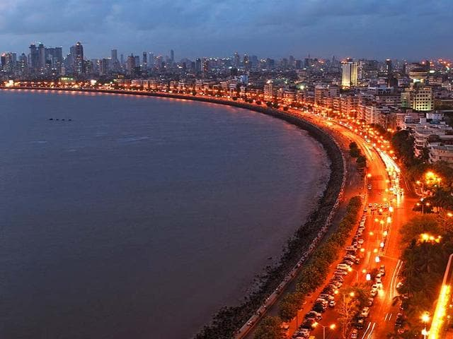 Marine-Drive-in-south-Mumbai-This-Mumbai-landmark-is-a-C-shaped-six-lane-concrete-road-along-the-coast-Shutterstock
