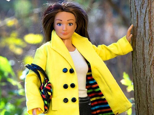 Lammily,barbie doll,realistic fashion doll