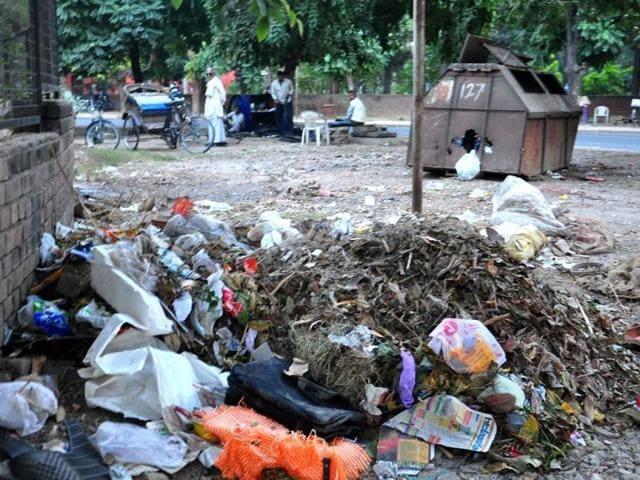 Chandigarh,garbage,plastic waste