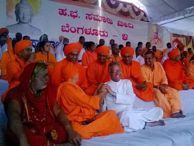 208-Hindu-seers-of-the-Progressive-Pontiffs-Forum-on-hunger-strike-demanding-the-passage-of-the-Karnataka-Prevention-of-Superstition-bill-Sudipto-Mondal-HT-Photo