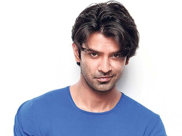 Barun-Sobti-played-the-role-of-Arnav-Singh-Raizada-in-the-serial-Iss-Pyaar-Ko-Kya-Naam-Doon