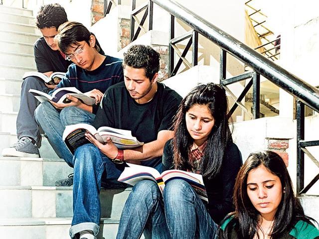 Delhi University,German,Hindi