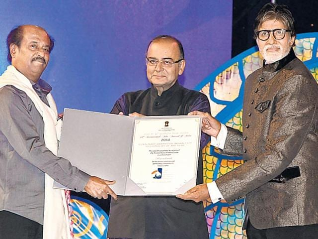 I-amp-B-minister-Arun-Jaitley-with-actors-Amitabh-Bachchan-and-Rajinikanth-at-the-inauguration-of-the-45th-International-Film-Festival-of-India-in-Panaji-on-November-20