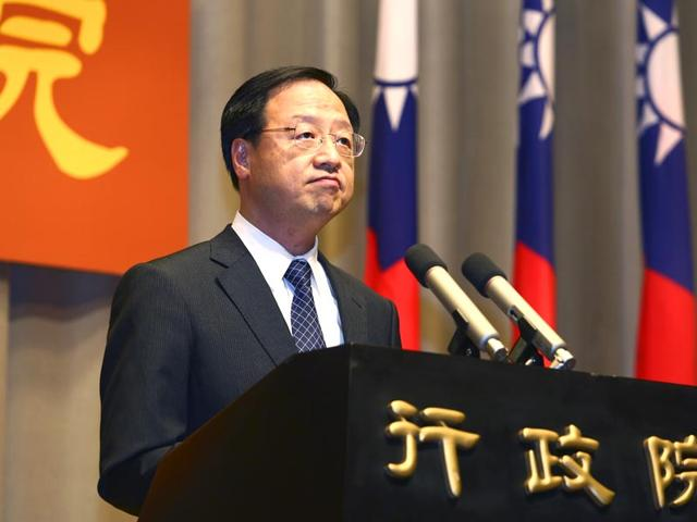 Taiwan-s-Premier-Jiang-Yi-huah-announces-he-will-step-down-after-his-ruling-Nationalist-Party-was-heavily-defeated-in-local-island-wide-elections-at-the-Executive-Yuan-in-Taipei-Taiwan-AP-Photo