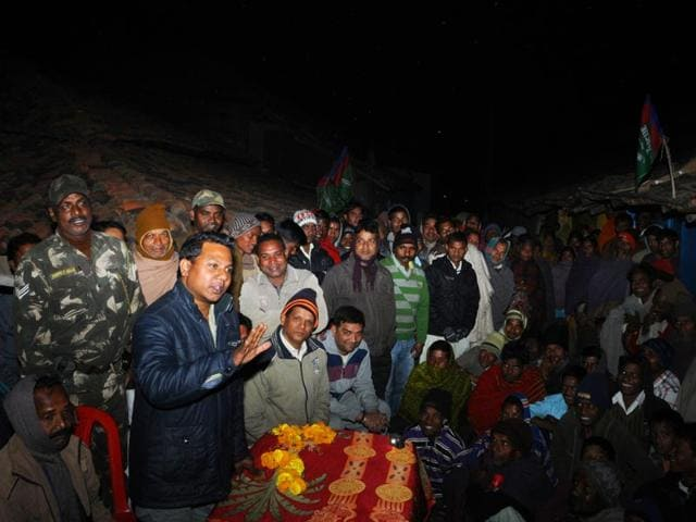 Vikas-Munda-a-BJP-backed-AJSU-candidate-for-the-Tamar-seat-this-election-broke-the-play-safe-strategy-with-a-small-rally-at-Maoist-affected-Hindridih-HT-Photo