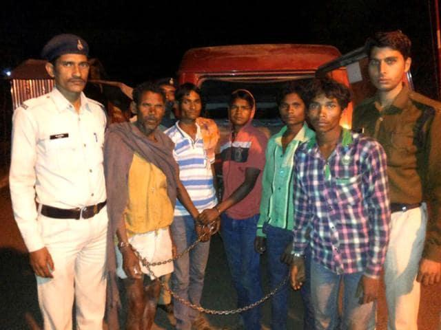 Munna-Sarjerao-Lakshman-Premi-and-Deepak-Adiwasi-who-were-arrested-in-Betul-on-Monday-Rajesh-Bhatia-HT-photo