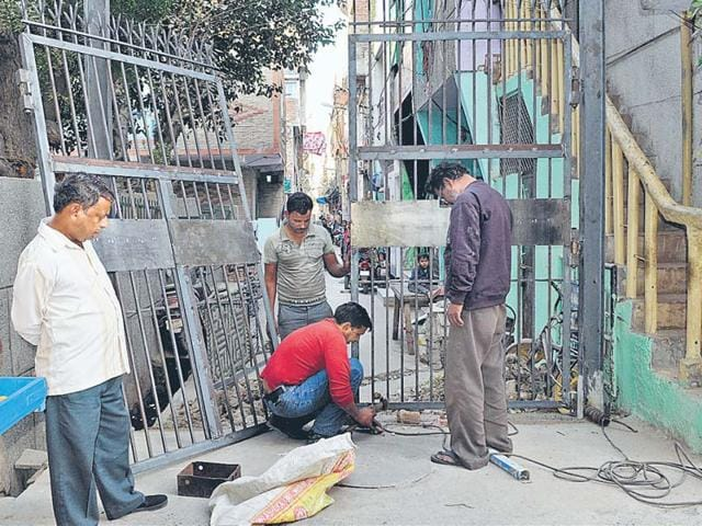 Trilokpuri-residents-are-installing-heavy-iron-gates-at-the-entry-to-several-blocks-Home-to-lower-middle-class-families-the-colony-residents-are-spending-up-to-Rs-30-000-on-each-of-these-gates-Mohd-Zakir-HT-Photo