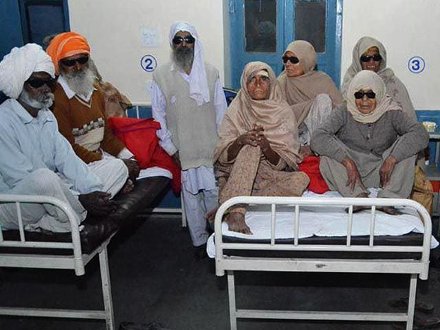 Some-of-the-patients-who-lost-their-eyesight-after-undergoing-surgery-in-an-eye-camp-in-Punjab-s-Gurdaspur-Sameer-Sehgal-HT-Photo