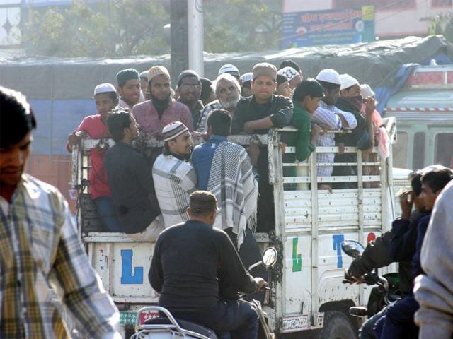 Muslim-devotees-got-on-trucks-to-reach-Eintkhedi-to-attend-one-of-the-biggest-Muslim-congregations-in-India-in-Bhopal-on-Saturday-Bidesh-Manna-HT-photo