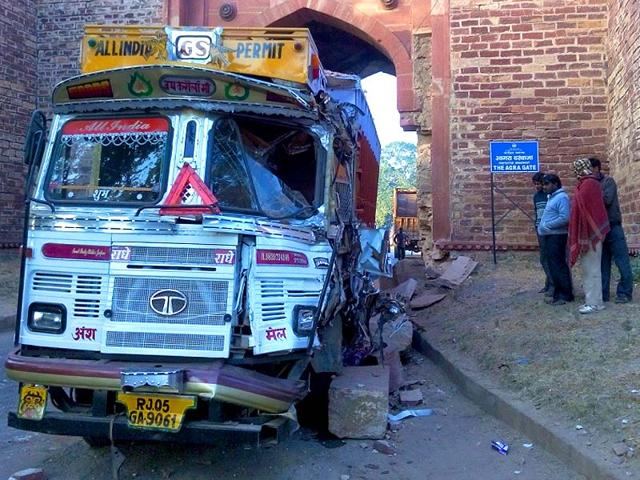 Agra-Gate-suffered-severe-damage-after-a-truck-rammed-into-it-HT-Photo