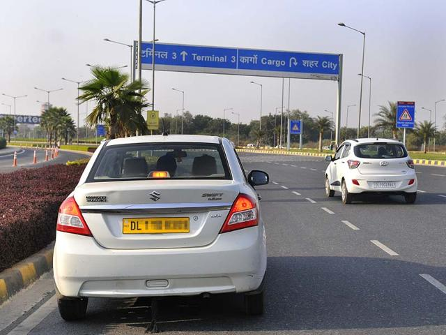 2 days given to web-based radio taxis to stop plying their vehicles