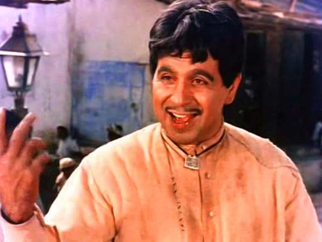 Ganga-Jumna-Dilip-Kumar-played-a-village-boy-who-is-forced-to-turn-into-dacoit-in-the-1961-film