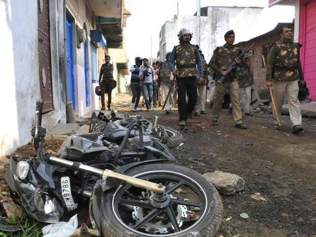 More-than-25-people-sustained-injuries-in-a-clash-between-two-groups-in-Karond-area-of-Bhopal-on-Thursday-morning-Mujeeb-Faruqui-HT-photo