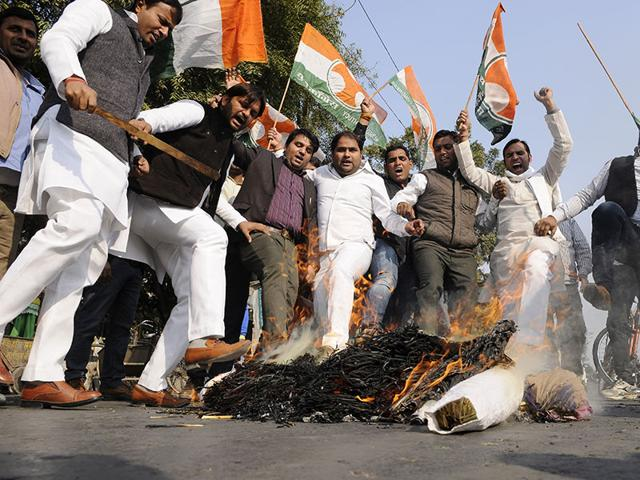 Youth-Congress-activists-in-Noida-protest-against-the-BJP-and-its-ideological-mentor-RSS-following-the-alleged-forced-conversion-of-around-300-Muslims-to-Hinduism-in-Agra-earlier-this-month-Burhaan-Kinu-HT-Photo