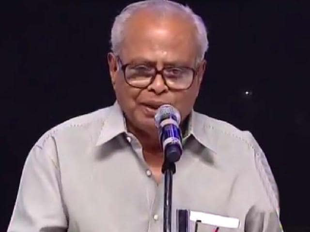 K-Balachander-is-reputed-to-have-given-Rajinikanth-his-first-role-while-giving-some-author-backed-roles-to-Kamal-Haasan