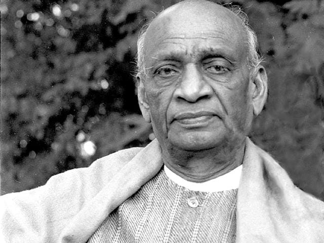 The-volumes-bring-out-the-differences-between-Sardar-Patel-and-Jawaharlal-Nehru