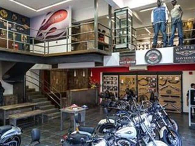 Harley-Davidson-opens-two-new-dealerships