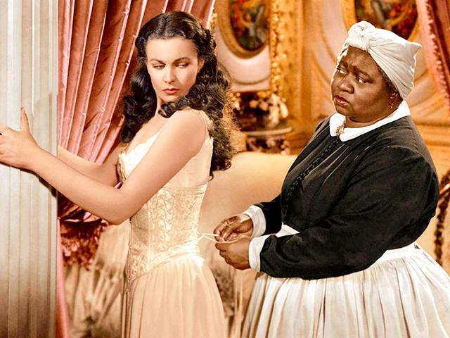 Black-actor-Hattie-McDaniel-played-a-nanny-to-the-main-character-Scarlett-O-Hara-played-by-Vivien-Leigh