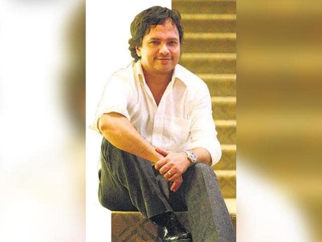 Vikram-Chandra-s-book-Sacred-Games-might-be-converted-into-a-TV-series