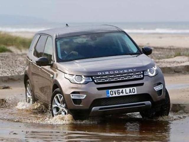 Land Rover's new Discovery Sport reviewed,new Land Rover Discovery Sport,BMW X3