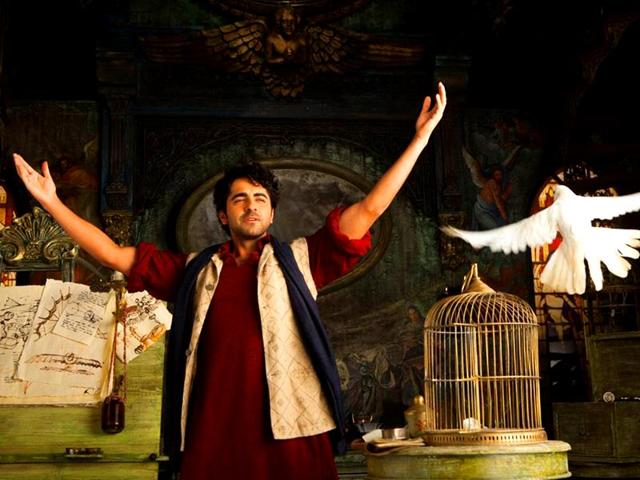 Ayushmann-Khurrana-in-a-still-from-Hawaizaada
