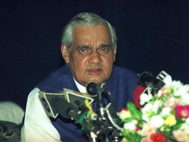Vajpayee during a press conference at Raj Bhawan in 1998. (Subhankar Chakraborty/ HT Photo)