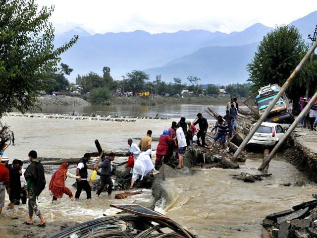 Jhelum,flood alert,monsoon
