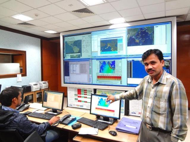 Tsunami,Satheesh C Shenoi,Cochin University of Science and Technology