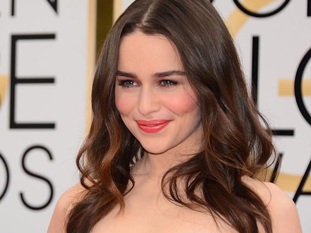 Emilia-Clarke-The-lovely-British-actress-was-also-sublime-at-the-71st-Golden-Globes-ceremony-in-Beverly-Hills-The-curvy-blonde-chose-to-emphasize-her-gaze-with-this-look-wearing-just-a-light-touch-of-gloss-on-the-lips