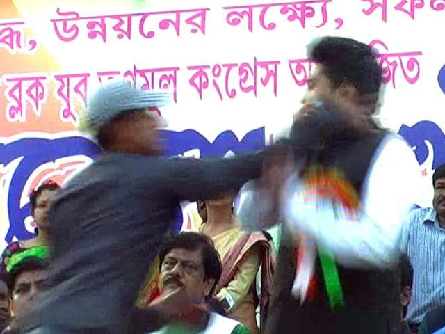 West-Bengal-CM-s-nephew-Abhishek-Banerjee-was-was-slapped-by-a-youth-at-a-rally-on-Sunday-Photo-courtesy-Video-grab-from-24-Ghanta-TV-news-channel