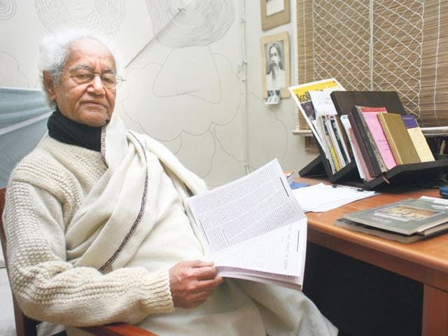 Dr-Ramesh-Chandra-Shah-Bidesh-Manna-HT-photo