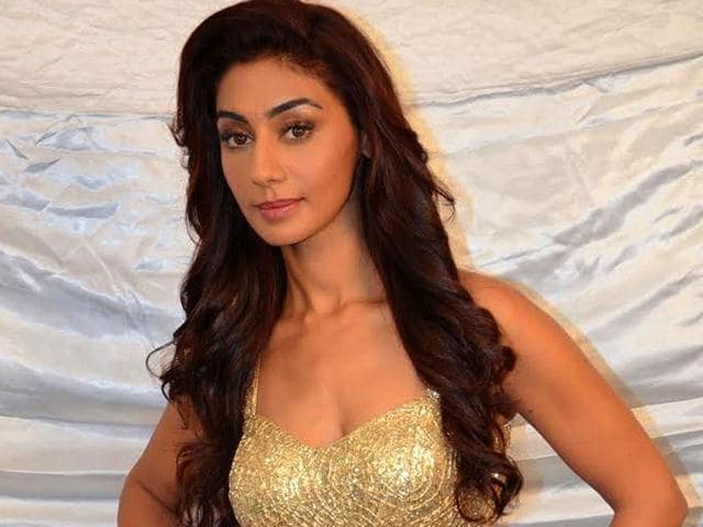 Bigg Boss 8: Mahek Chahal voted out in mid-week eviction