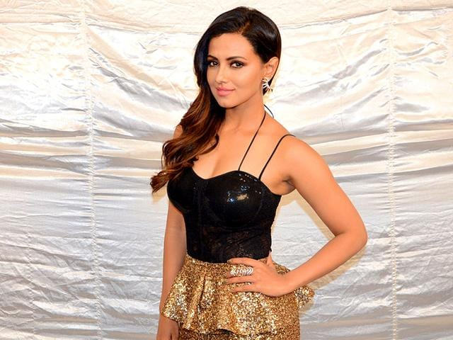 Sana-Khan-who-entered-Bigg-Boss-8-as-a-challenger-was-voted-out-of-the-show
