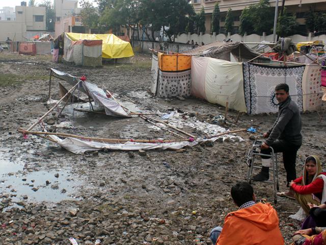 Rains-ravaged-temporary-settlements-erected-by-Kashmiri-refugees-in-Khajrana-in-Indore-on-Sunday-Shankar-Mourya-HT-photo