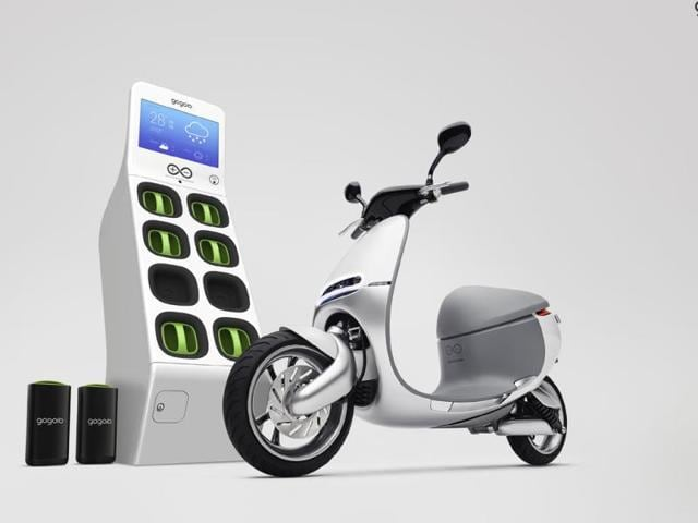The-Gogoro-Smartscooter-and-GoStation-Photo-AFP