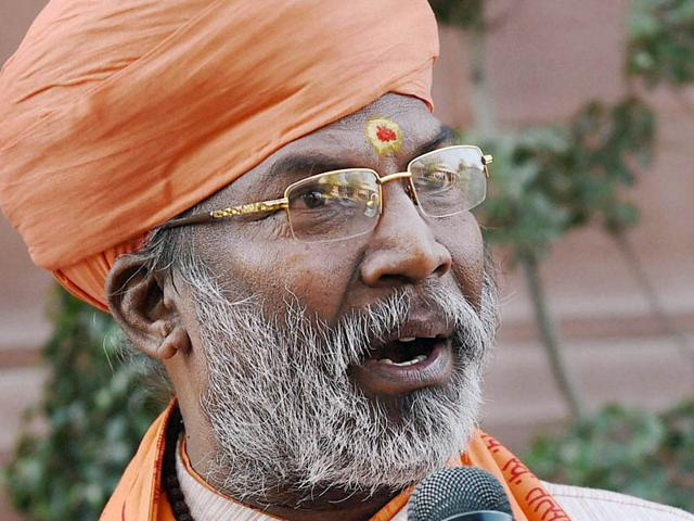 Sakshi Maharaj irks Bollywood with his statement on Hindu women