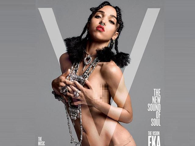 FKA-Twigs-on-the-cover-on-V-magazine