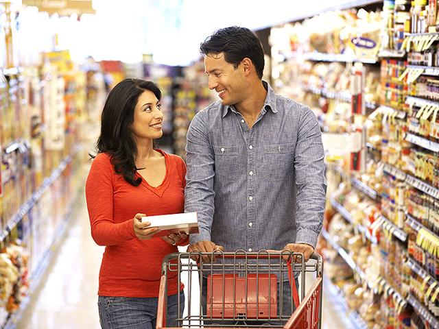 The-eating-habits-of-men-and-women-are-quite-different-Shutterstock