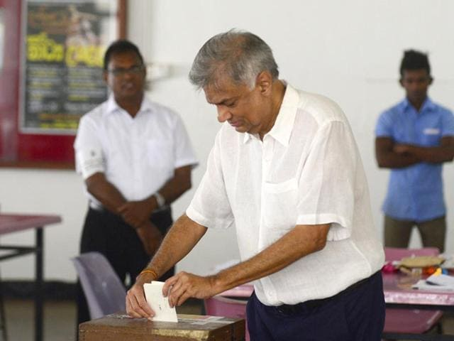 Sri-Lankan-Leader-of-the-Opposition-Ranil-Wickremesinghe-casts-his-ballot-during-the-country-s-presidential-election-in-Colombo-AFP-Photo