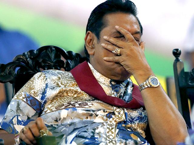 Sri-Lanka-s-Mahinda-Rajapaksa-reacts-during-his-final-rally-for-the-country-s-presidential-elections-Reuters-Photo